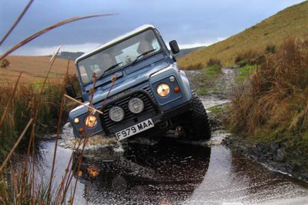 Download Land Rover Defender 90-110 repair manual
